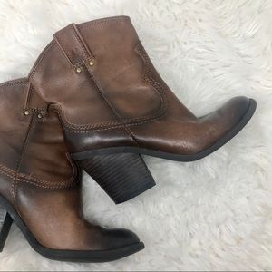 Lucky Brand Elle Western Boots